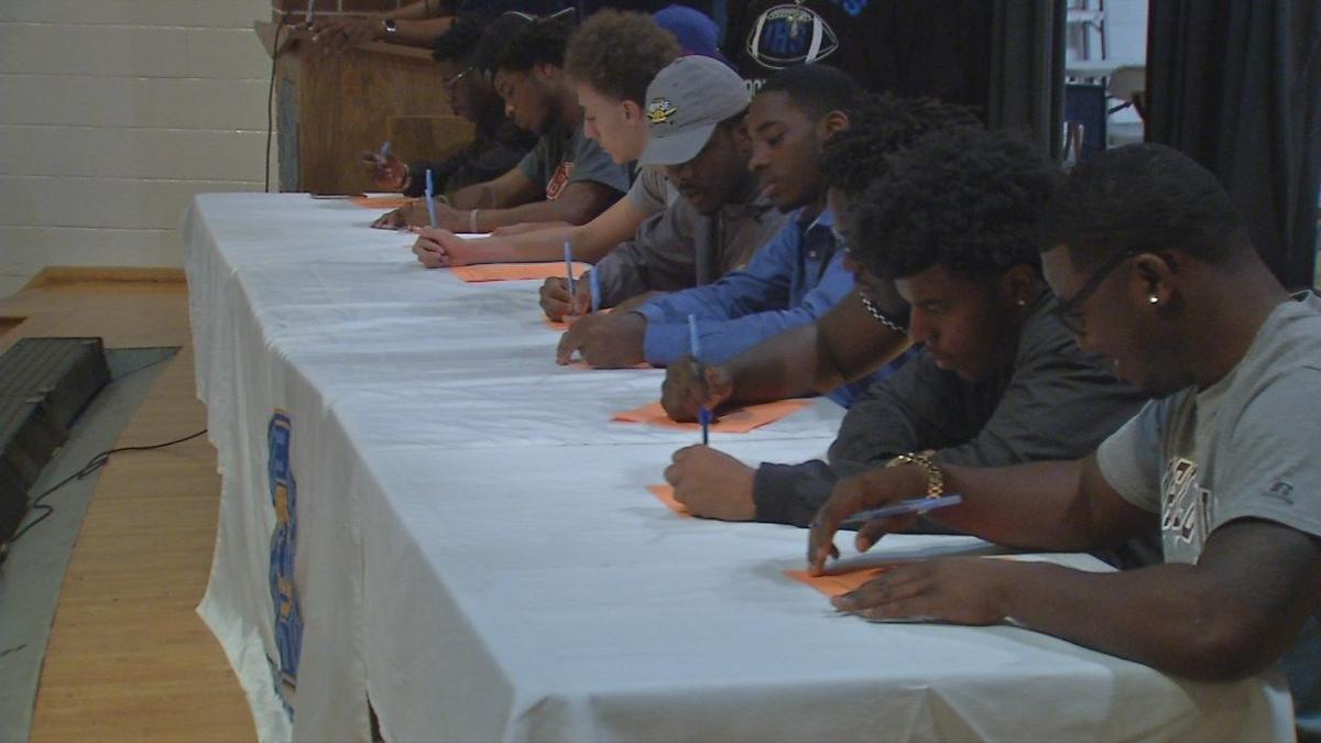 8 Iroquois High School Football Players Sign To Go To College News