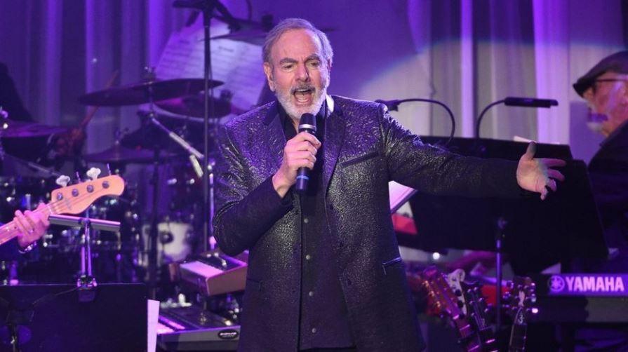 Neil Diamond announces retirement from touring and Parkinson's diagnosis