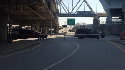 River Road closes at Third Street as Ohio River rises