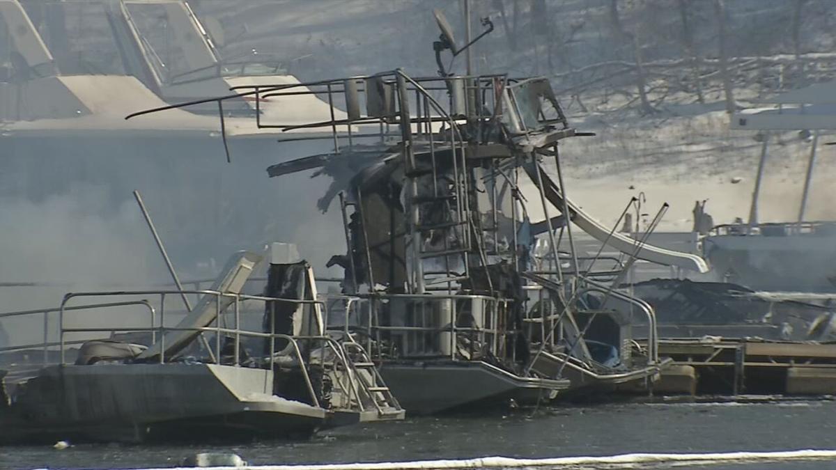 Patoka Lake boats damaged in fire.jpeg
