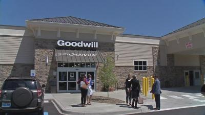 In an effort to re-brand its image, Goodwill opens new store in Jeffersontown