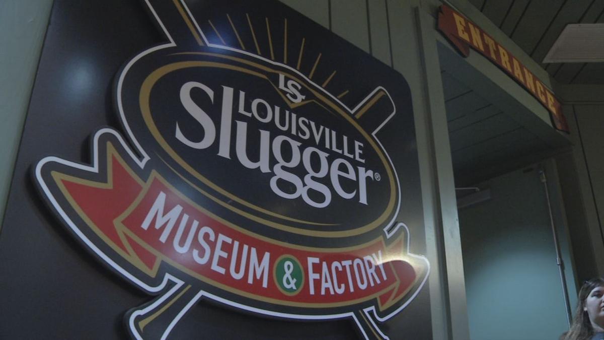 Louisville Slugger Museum and Factory sign.jpg
