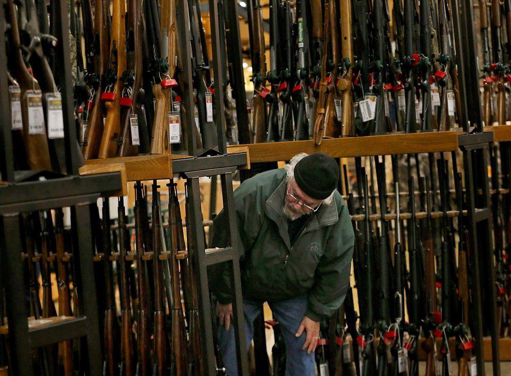 GUN SALES - BACKGROUND CHECKS - AP FILE 1.jpeg