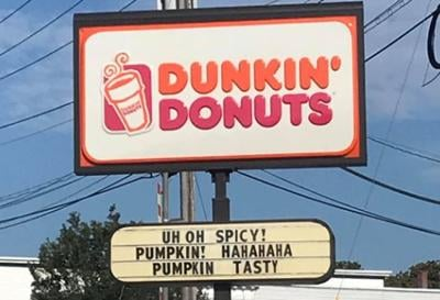 Dunkin' Donuts sign goes viral in Portland, Maine (Aug. 2020)