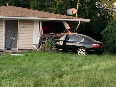 Car hits house on Regent Way.jpg