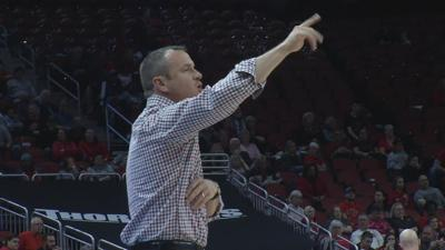 Jeff Walz pointing U of L toward number one.