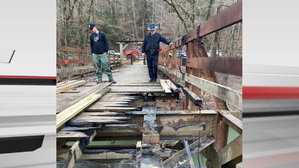 Old Sublimity Bridge burned in Daniel Boone National Forest (March 2021)