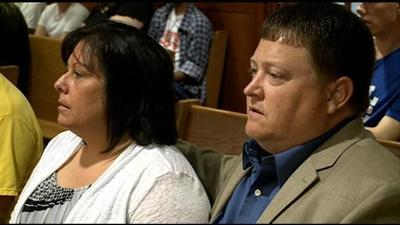 Couple accepts plea deal in connection with embezzlement