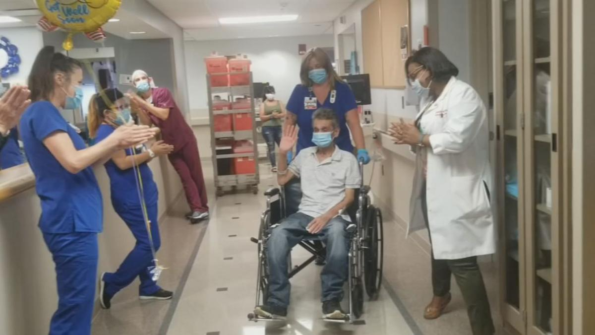 Oscar Aguilar leaves U of L Hospital after lengthy battle with COVID-19