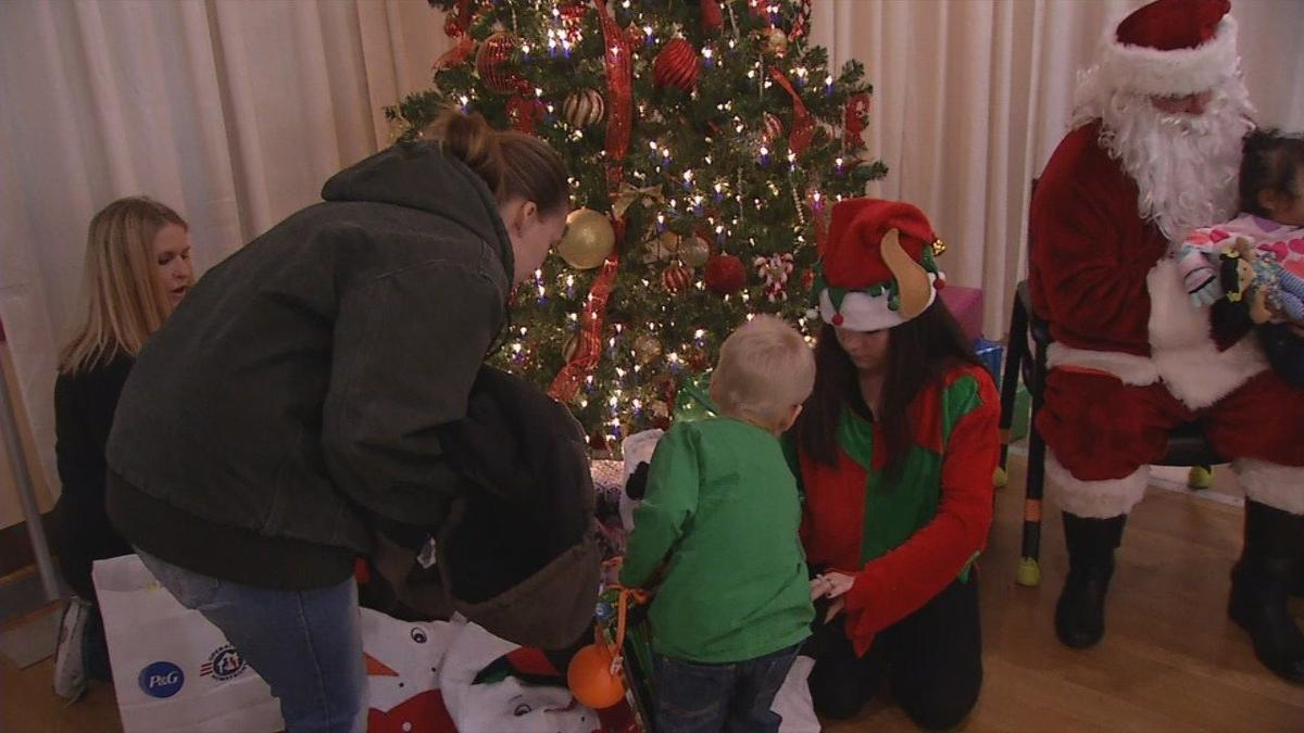 Operation Homefront Gives Holiday Meals To 200 Military Families In Fort Knox