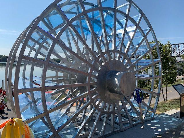 Jeffersonville sculpture 1.jpg