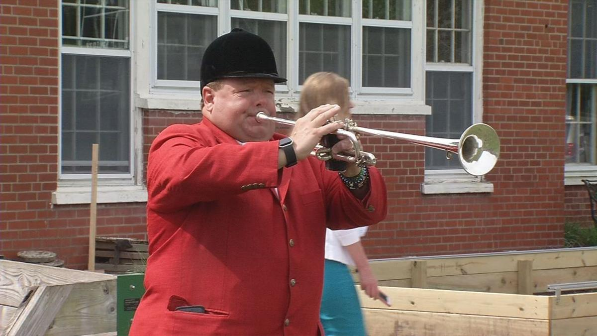 Kindergarten Derby 2019 Bugler Call to Post