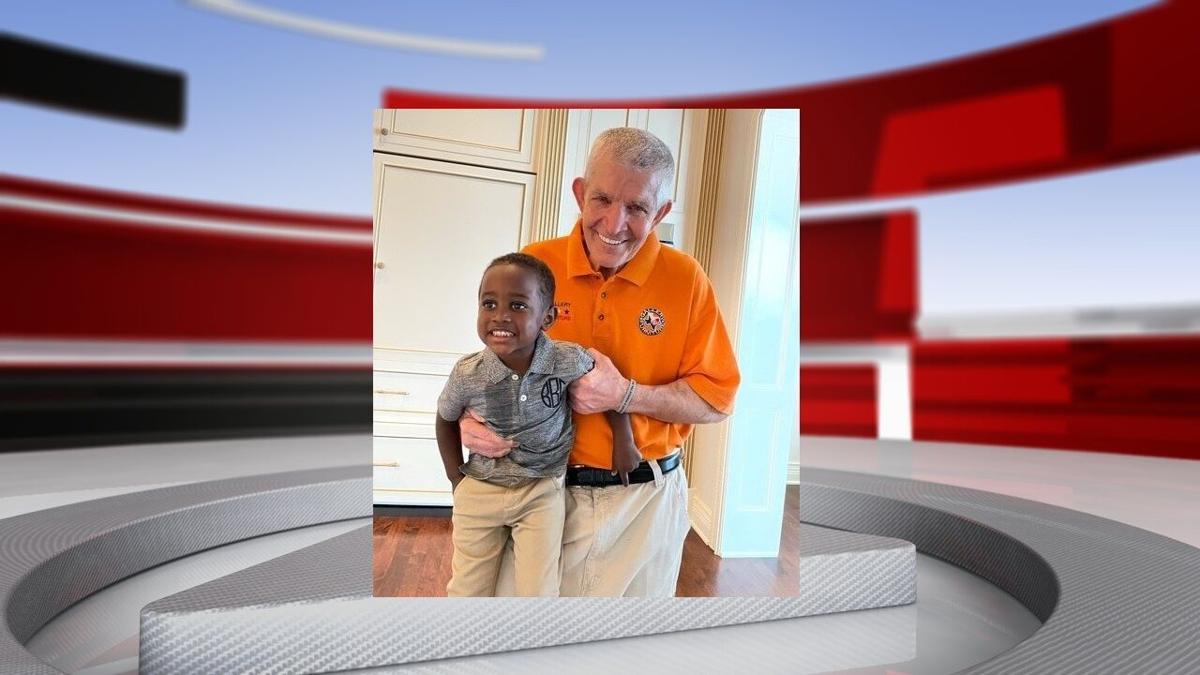 Jim McIngvale with grandson.jpg
