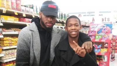 Bryson Tiller pays for groceries at Kroger and Pic Pac in Louisville