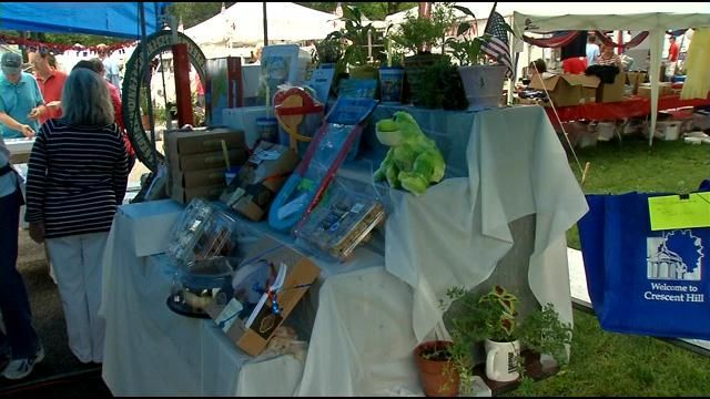 WDRB visits Crescent Hill's Fourth of July Festival