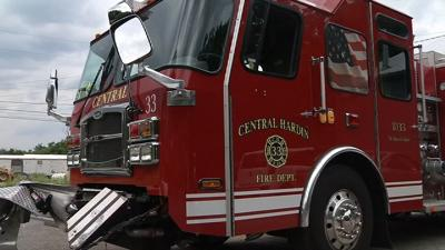 Hardin County fire truck damaged in crash