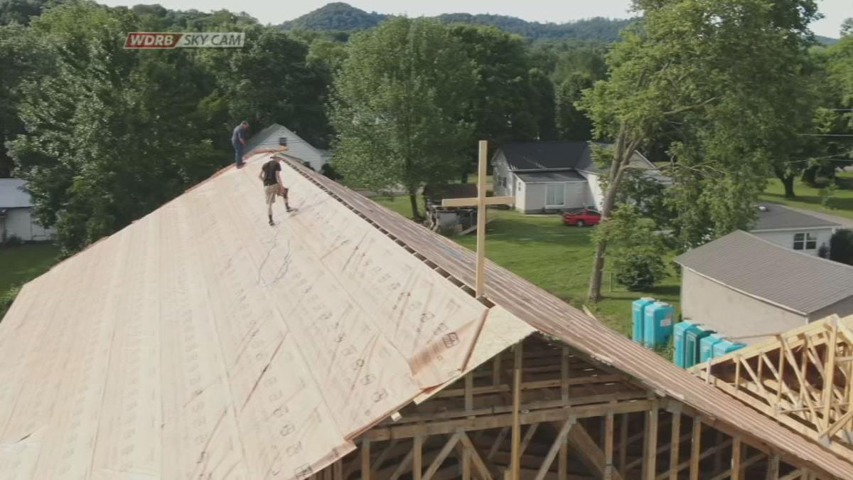 500 volunteers helping to build Bradfordsville church after flooding