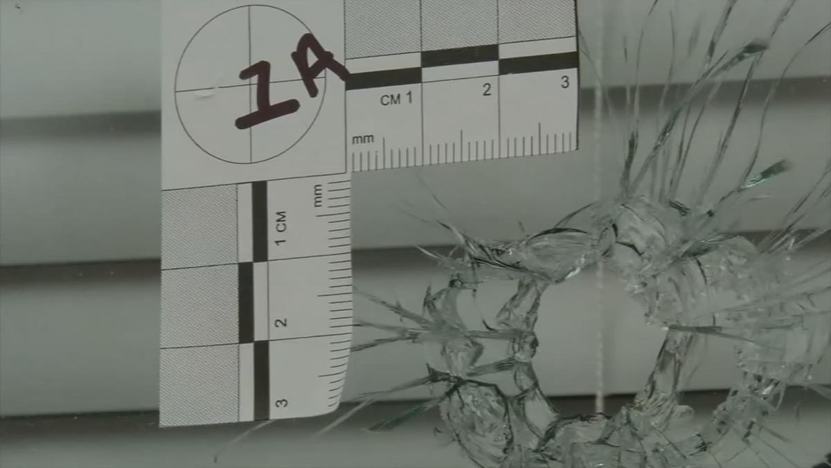 BREONNA TAYLOR - LMPD Shooting - bullet hole