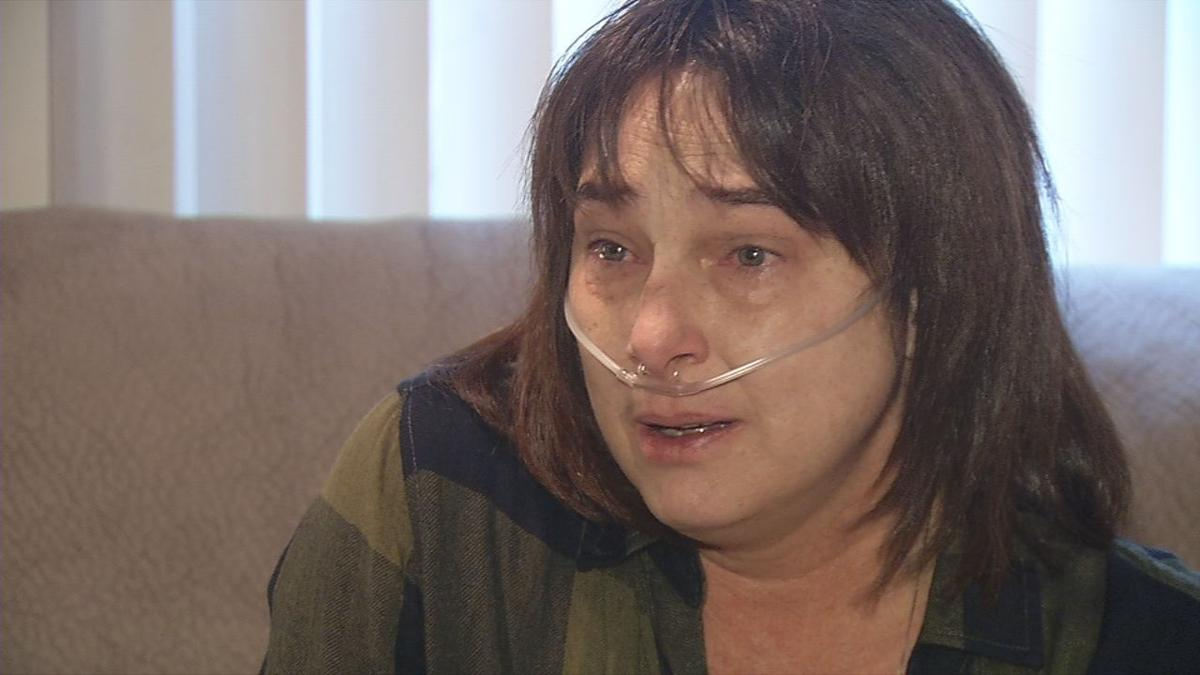 Elaine Robinson says vaping put her in the hospital and caused her to rely on oxygen tanks