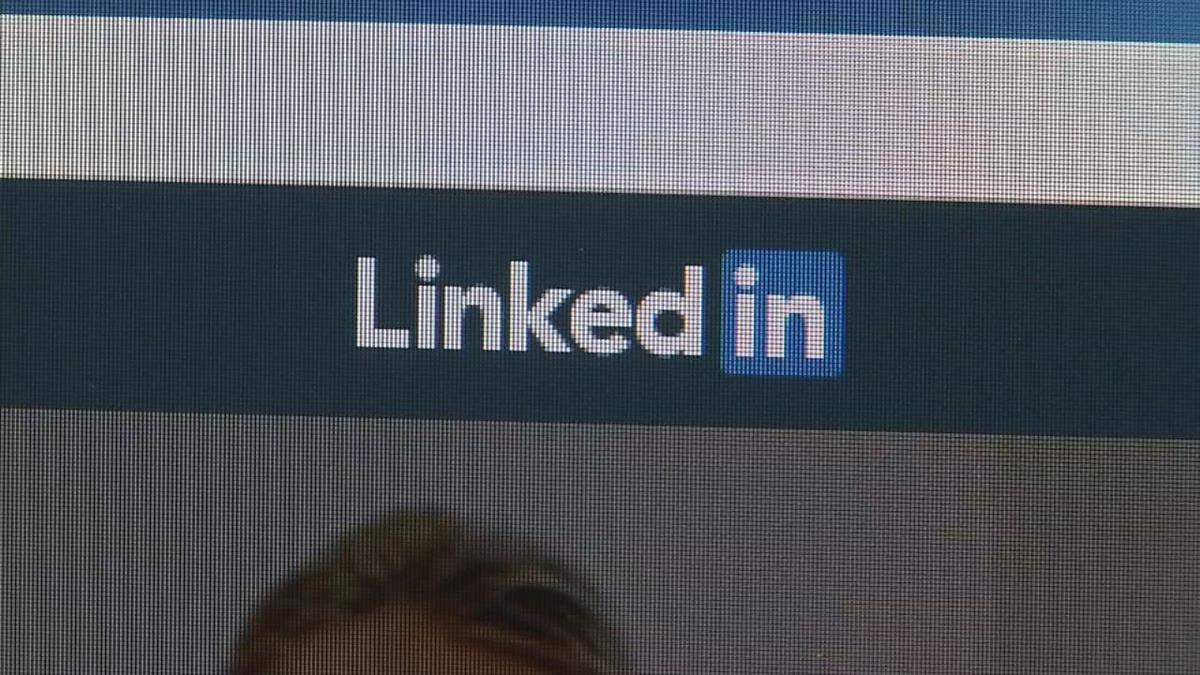 Scammers now using LinkedIn to gain people's trust and money