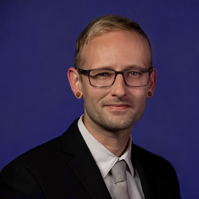 Jeremy Curtsinger - National Sales Assistant Updated August 2019