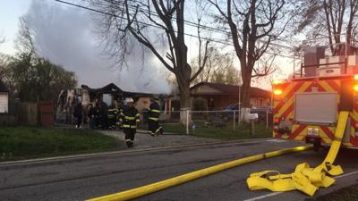 Early morning fire destroys home in Pleasure Ridge Park