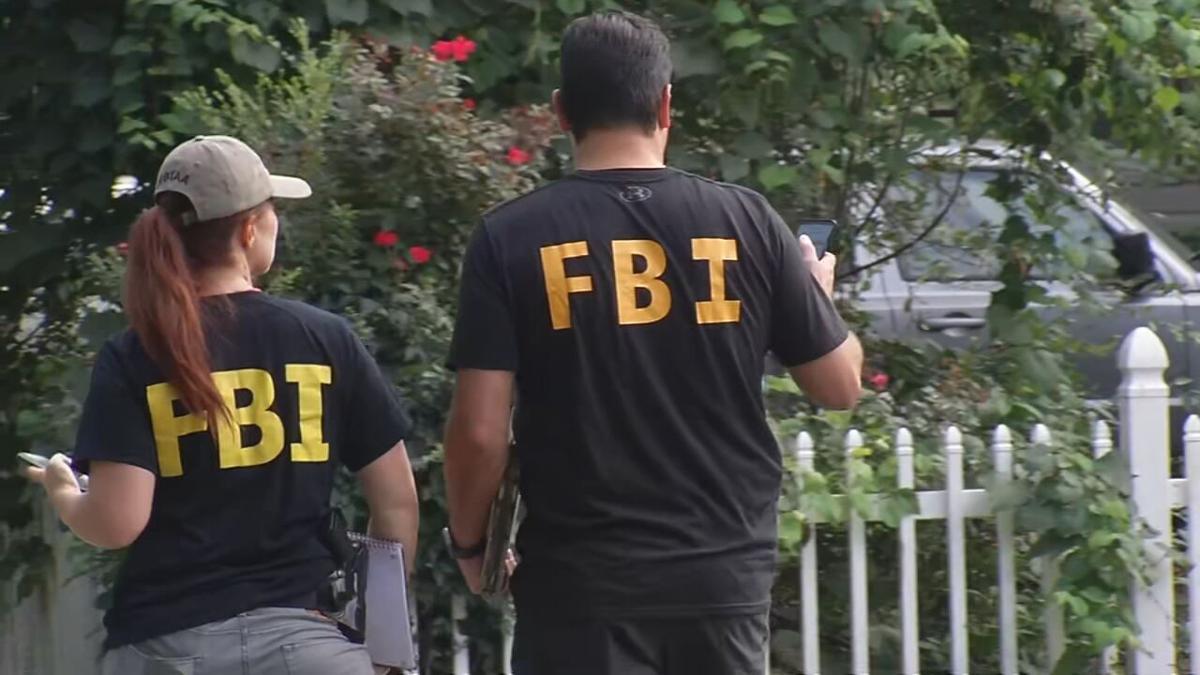 Crystal Rogers FBI agents in Bardstown.jpeg