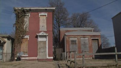 Community meetings discuss how to purchase vacant, abandoned properties in Louisville