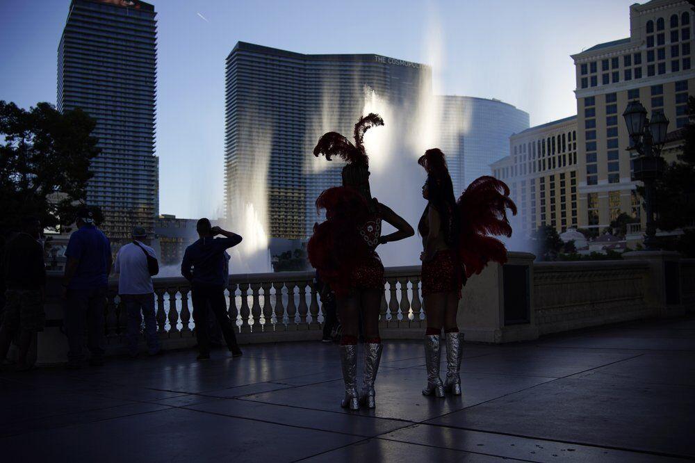 Las Vegas Strip 11-19-20 - AP FILE.jpeg
