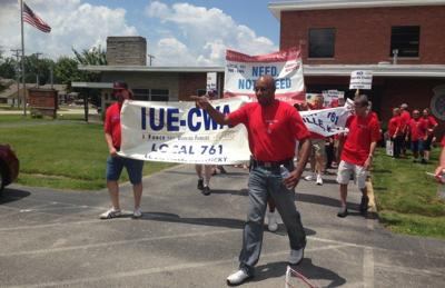 GE Appliances workers take 'strike authorization' vote as contract talks continue