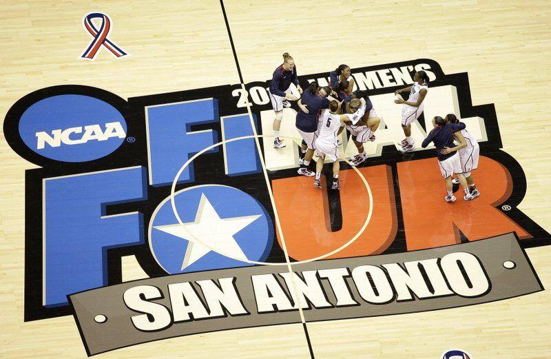 NCAA - WOMEN'S TOURNAMENT - SAN ANTONIO - 2010.jpeg