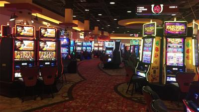 IMAGES | WDRB gets first look inside Derby City Gaming ahead of Friday's opening