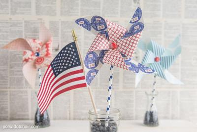 Handmade patriotic pinwheels help you decorate for 4th of July
