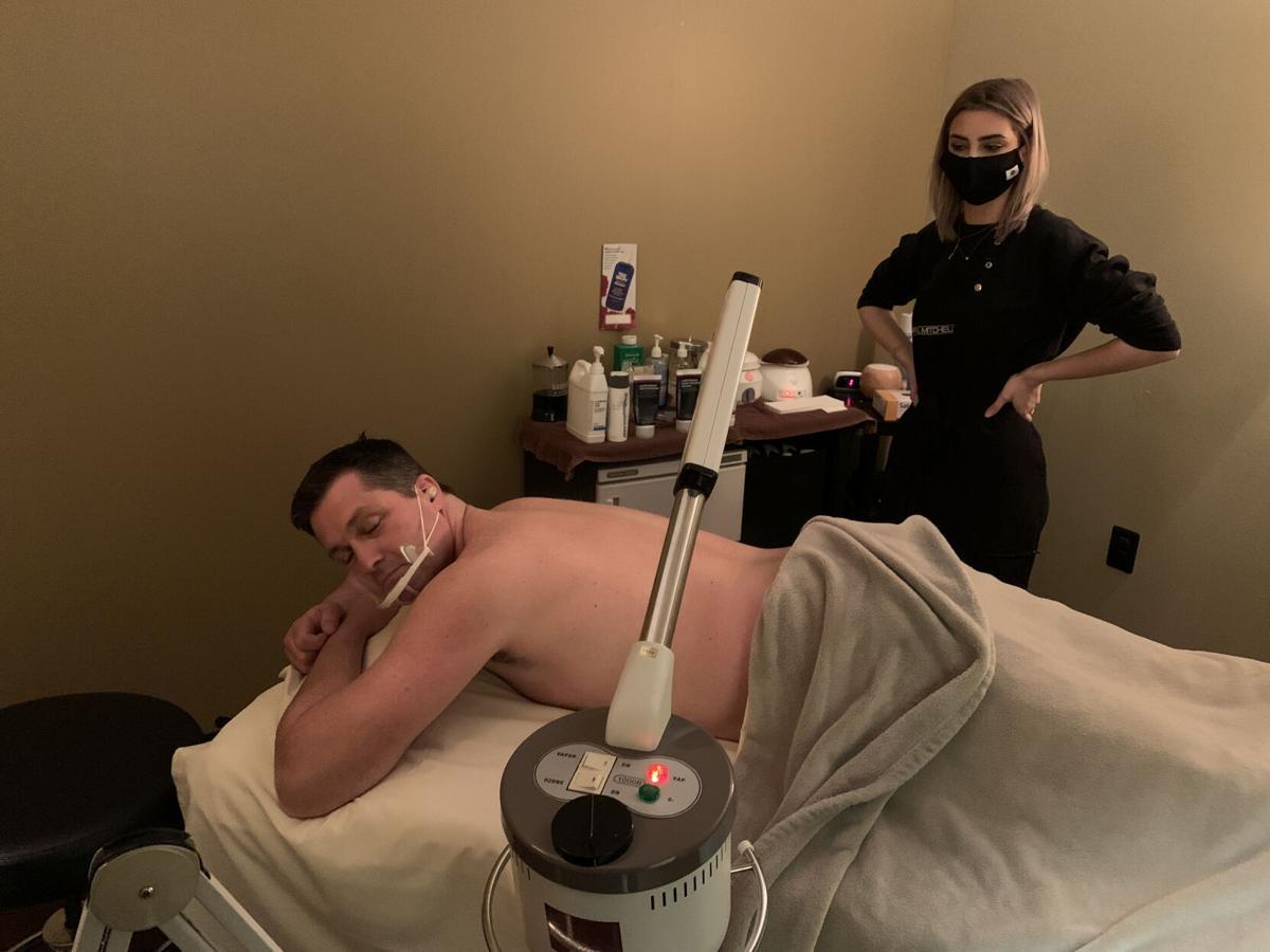 Keith prepares for wax.JPG