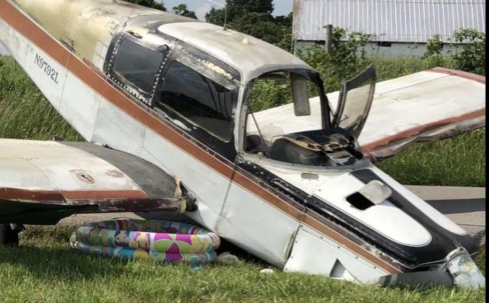 No one injured in small plane crash in Glasgow