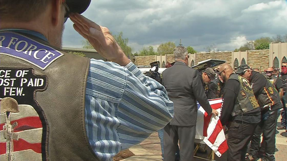 Veteran escorted hundreds of miles to be buried next to mother in Louisville