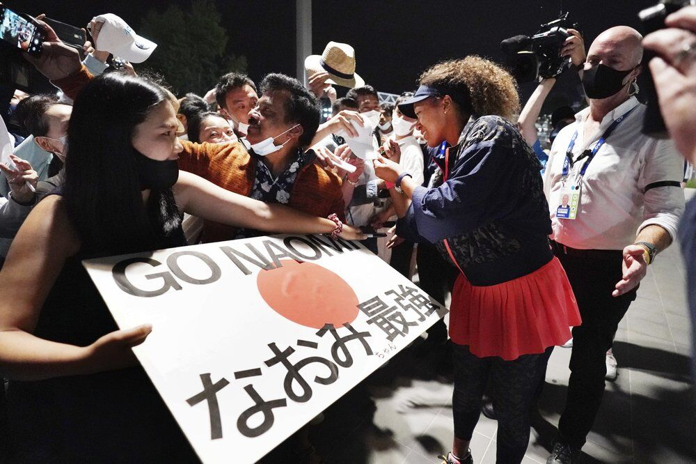 Japan's Naomi Osaka signs autographs