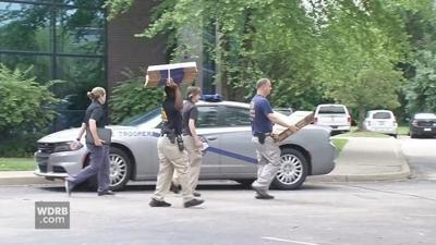 Federal agents raid 5 Louisville-area doctors' offices