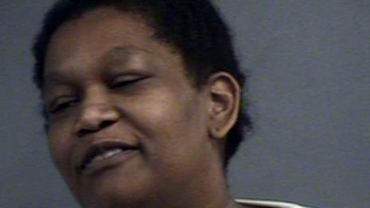 Police say Bardstown woman passed more than $15,000 worth of fake