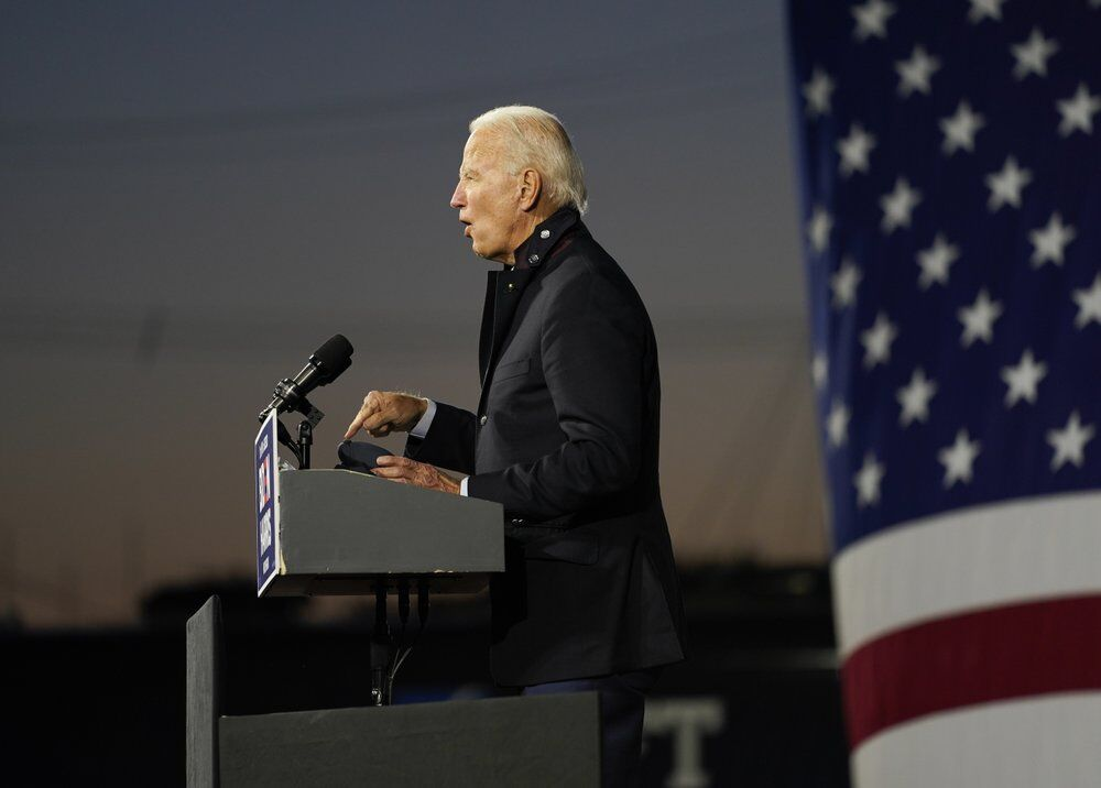 Biden-Michigan-10-16-20-AP.jpeg