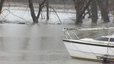 Businesses prep for 2019 flooding
