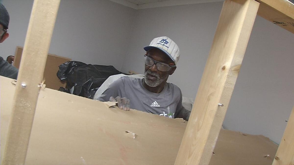 Louisville handyman begging for job lands position at home ...