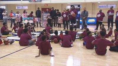 Master P holds leadership and skills class in Louisville for middle school athletes