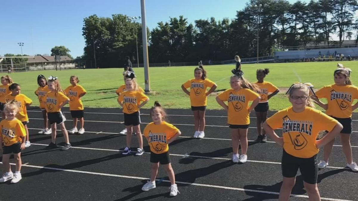 Scribner Middle School cheerleading