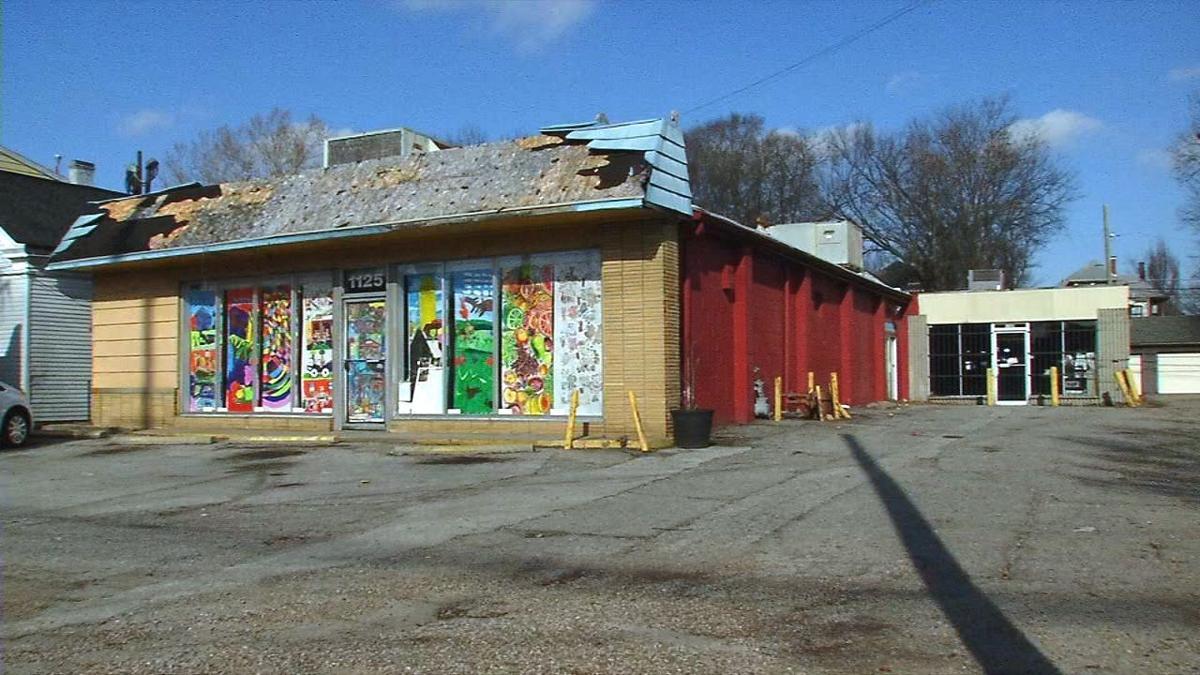 1125 Bardstown Road laundromat