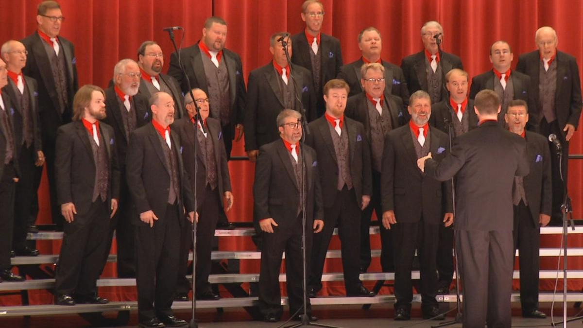 The Thoroughbreds perform Memorial Day concert at Louisville Memorial Auditorium on May 27, 2019