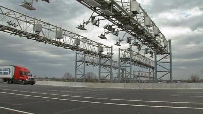 RiverLink toll gantry