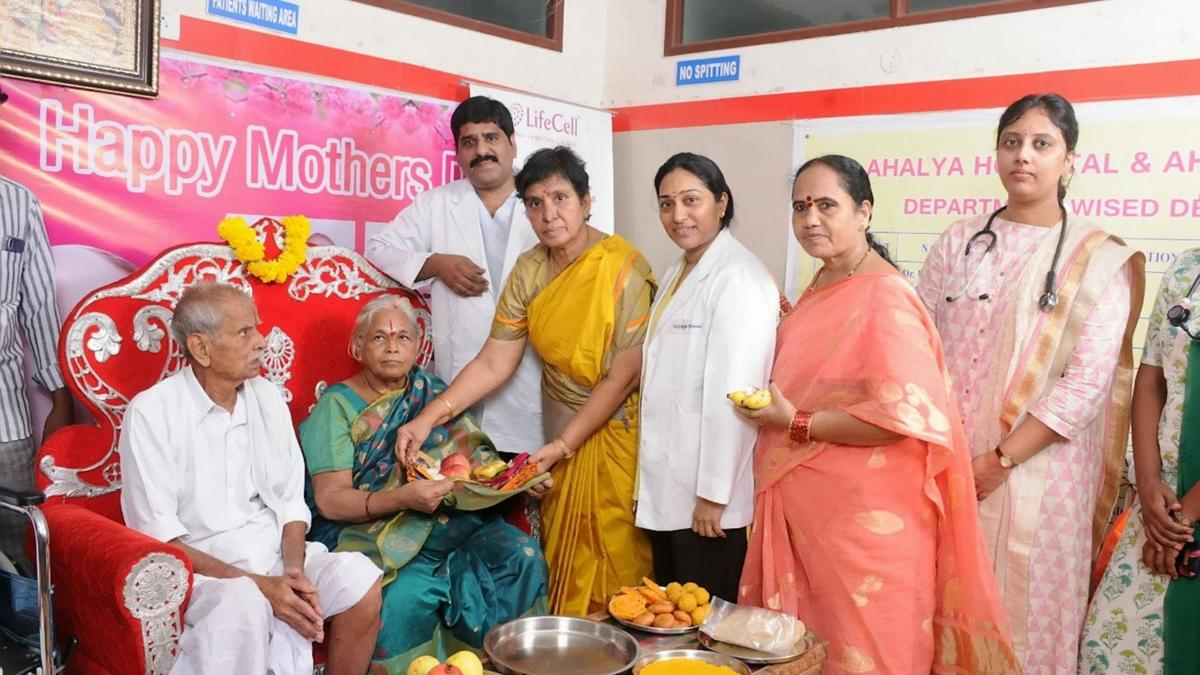 Erramatti Mangayamma - 74-year-old who gave birth