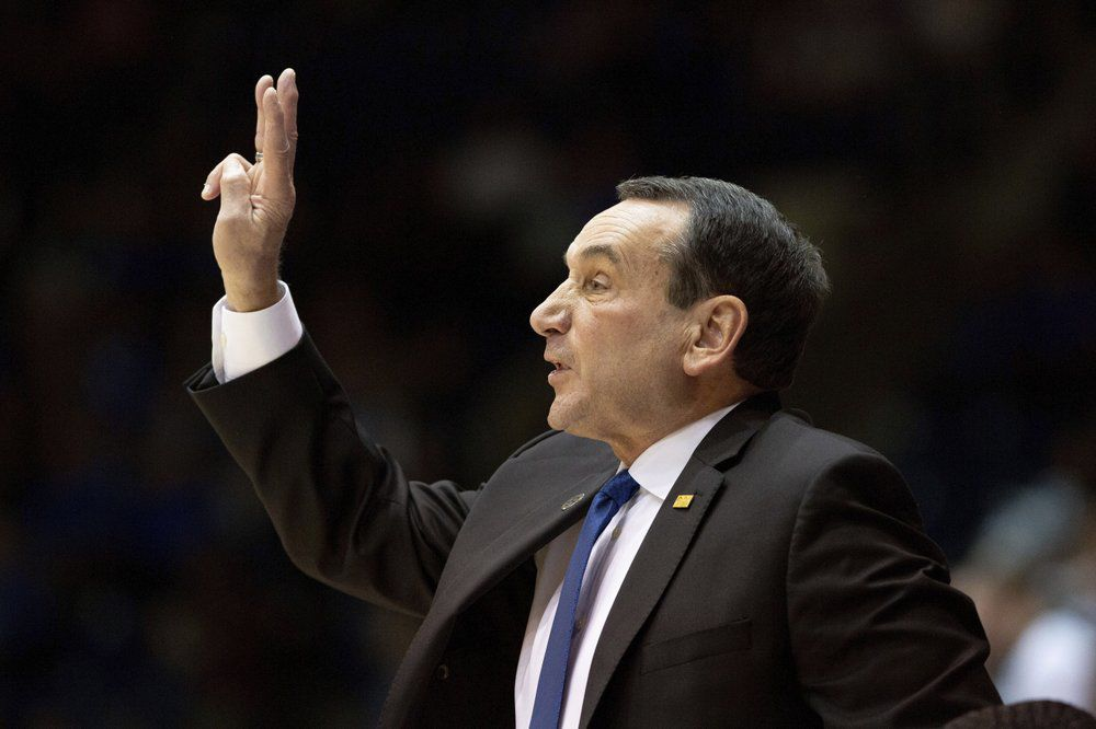 Duke head coach Mike Krzyzewski calls a play