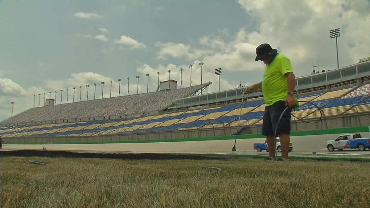 Kentucky Speedway prepares for Quaker State 400